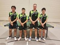 2. Tischtennis-Herrenmannschaft Domin Menne, Aschuram Odisho, Michael Hartmann und Shanon Menne (auf dem Foto von links nach rechts)